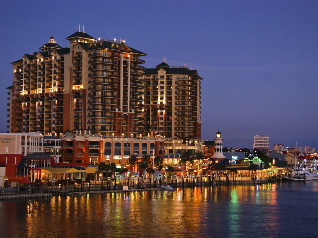 Wyndham Emerald Beach Resort Destin