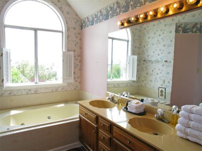 Isle of Palms house rental - Master bath