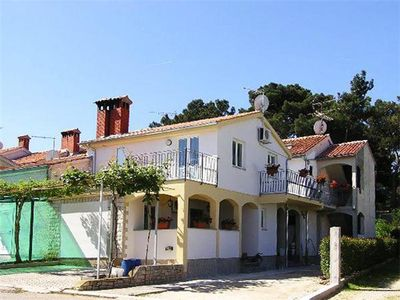 Apartment for 4 people close to the beach in Porec