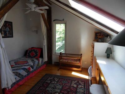 Swan Lake barn rental - Bedroom