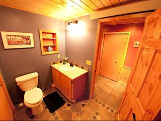 Grand Rapids cabin photo - Newly renovated three-quarter bathroom.