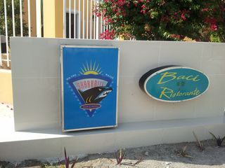 Providenciales - Provo studio photo - restaurant across street from La Vista