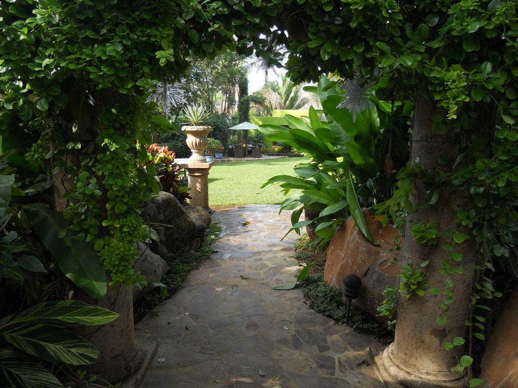 Chacala garden of eden gated community vrbo for Casa jardin sayulita