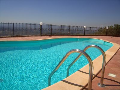 Large secluded apartment with private pool in beautiful Southern Italy