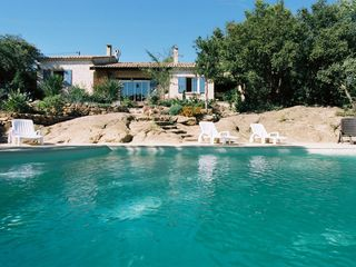 Beaumes de Venise villa photo