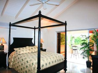 Marigot Bay villa photo - Elegant four poster bed in bedroom 3