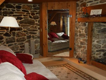 Lancaster cottage rental - basement with fire place