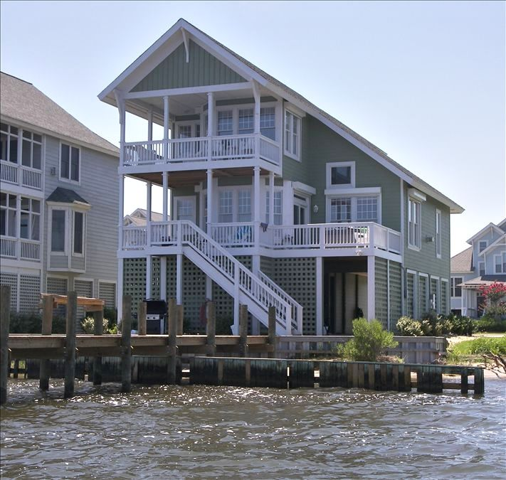 Manteo House Rental: Soundfront 4 Bedroom Home In Pirate's