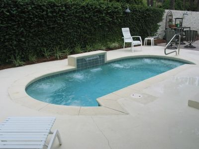 POOL!! cool off easy; OUTDOOR Hot-Cold Water Shower!! (pool heated in winter)