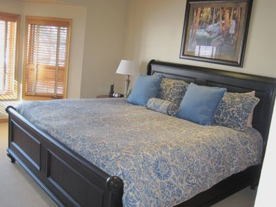 Beaver Creek townhome rental - Master bedroom #1 with king-size bed, on 2nd floor