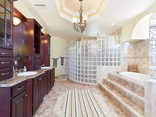 Ormond Beach house photo - If a bathroom can be paradise, this is it!