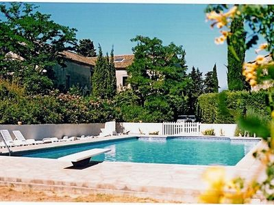 17th C wine estate with lovely views, large shared pool and courtyard.courtyard