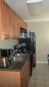 Manhattan Beach apartment rental - kitchen