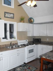 Newly Remodeled Kitchen (winter 2008)