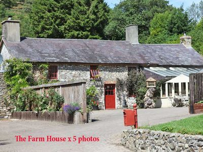Gorgeous 5* cottage Nr Brecon Beacons a private estate with stunning views - The Farm House