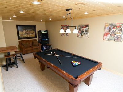 Wears Valley cabin rental - Game room w/8' pool table; multicade and pub table
