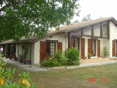 VIlla with Large Pool. Close to Beach.  Quiet location