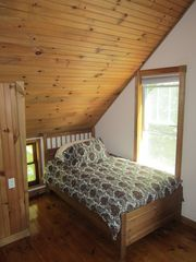 Jay Peak house photo - Twin bed in the front bedroom.