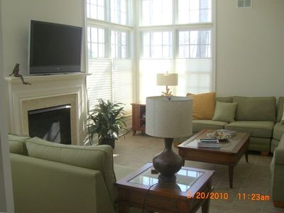 Warm & Cozy Living Room, large sectional & loveseat