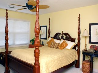 Surfside Beach house photo - Master bed
