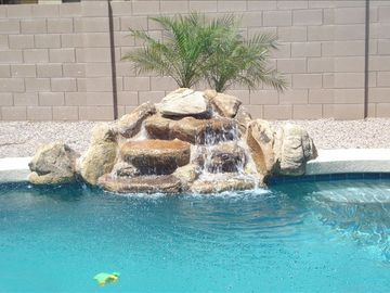 Maricopa bungalow rental - Water feature of the gorgeous heated pool