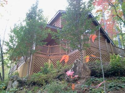 Hidden Hills Cabin, come and enjoy our special mountain getaway, cozy & inviting