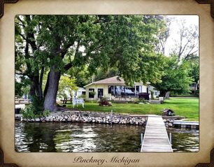 Pinckney cottage photo
