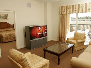 Lake Buena Vista condo photo - Enjoy HBO television on a wide screen.
