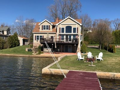 Gorgeous Waterfront Home on Highland Lake