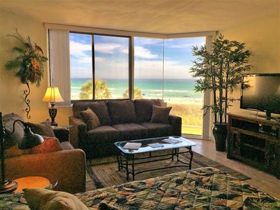 Relaxing Elegance - Right On The Beach, Newly Remodeled! With Free Beach Chairs!