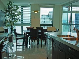 Vancouver condo photo - Dining with a view!