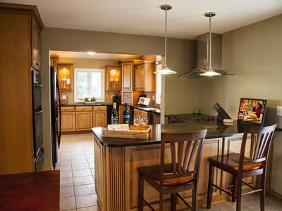 Waterfront Vacation Home With NFL Sunday ticket!!