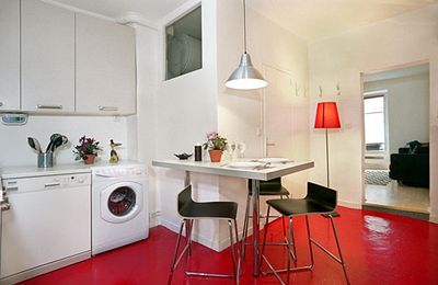 Well equipped kitchen with dishwasher, washer & dryer