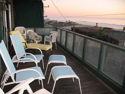 Whale Watcher Top Level Deck off Living Room with Views