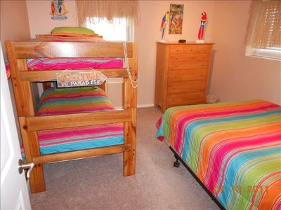 Paradise Bed Room ... Queen & Twin Bunks