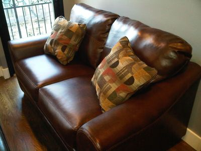 Midtown Manhattan condo rental - Couch