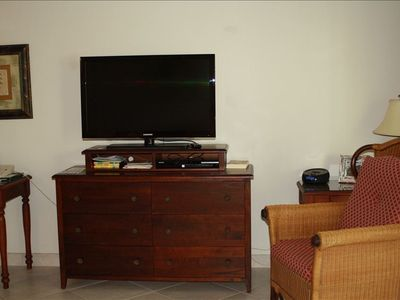 Brand new Samsung Flat Screen TV in Living room and Bedroom