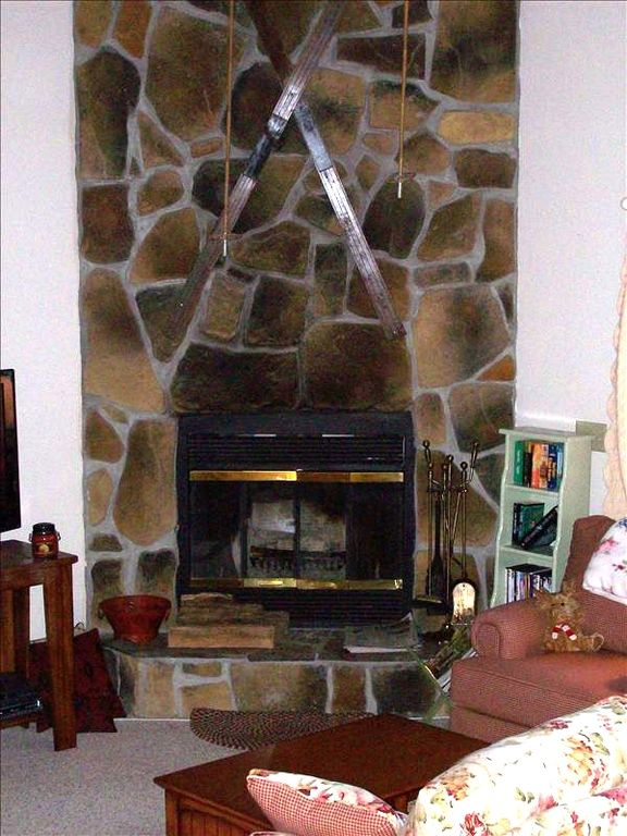 Stone Wood-burning Fireplace/Free Unlimited On-Site Firewood