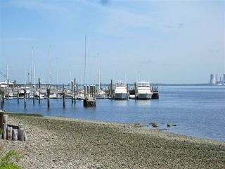 Portsmouth cottage photo - View of Brewer Sakonnet Marina