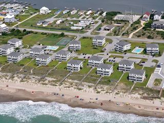 Emerald Isle condo photo