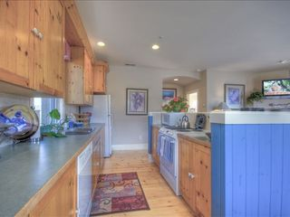 Sedona condo photo - Open Kitchen With Flat Screen & Views