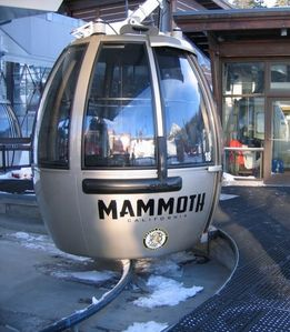 Easy 5 minute walk to the Mammoth Village Gondola