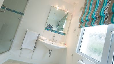 St Ives house rental - Middle Bathroom - great shower, heated towel rails, underfloor heating
