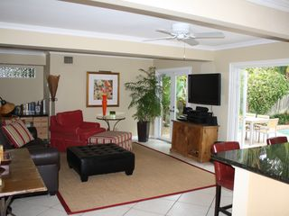 Fort Lauderdale house photo - Den with 50' flat screen TV/DVR/stereo with iPod connect and outdoor speakers.