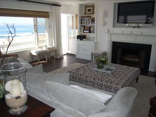 Manhattan Beach house photo - Living room w/ fireplace, flat screen TV and gorgeous ocean view