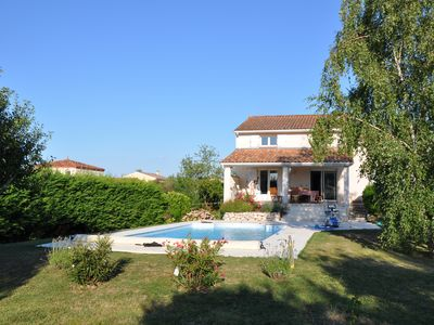 Big house with garden and pool near Toulouse