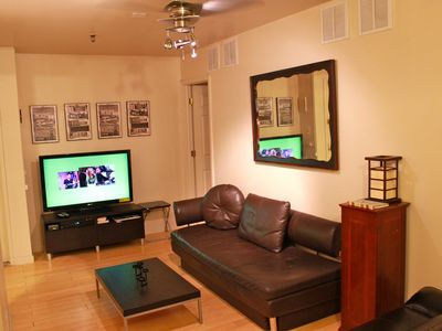 Gramercy Park condo rental - Living area 1G, 48 inch LCD TV