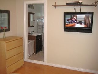 Los Angeles cottage photo - Flat Screen TV w/ Premium Channels & DVD