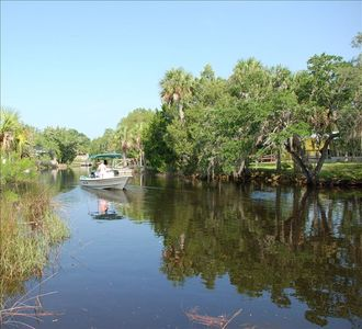 Steinhatchee cabin rental - Direct access to the Gulf of Mexico.