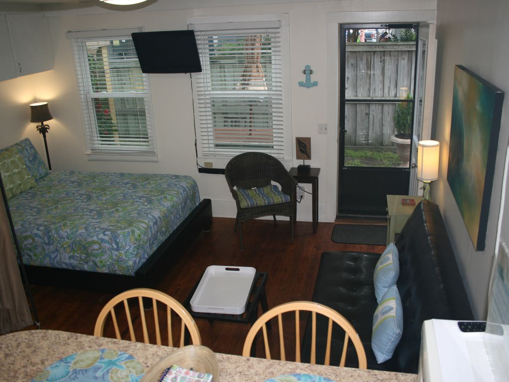 Efficiency Apartment In The Heart Of Vrbo